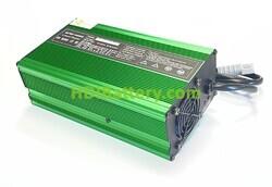 Cargador de baterías de Litio Ion PFS Energy DL 900W 84V 10A Aluminio
